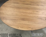 Oak table round