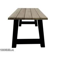 Iroko hardhouten tuintafel (240x105cm) geschikt voor 6 personen